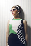 Modelo de forma com óculos de sol Fotografia de Stock