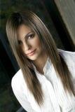 Retrato da mulher com cabelo de seda Foto de Stock