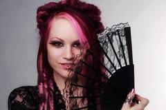 Retrato da mulher com cabelo dos dreadlocks imagens de stock royalty free