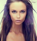 Retrato da mulher com os grandes olhos marrons Fotografia de Stock Royalty Free