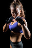Retrato da mulher com posição de combate Foto de Stock
