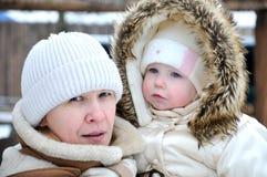 Retrato da mulher com um bebé Imagens de Stock