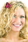 Retrato da mulher da beleza com a borboleta na cabeça imagem de stock royalty free