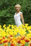 Retrato da mulher de meia idade atrativa fotos de stock royalty free