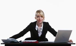 Retrato da mulher de negócio nova Imagem de Stock