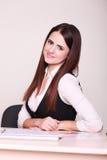 Retrato da mulher de negócio nova bonita Imagem de Stock Royalty Free