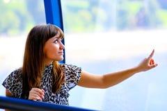 Retrato da mulher de negócios bonita Fotografia de Stock Royalty Free