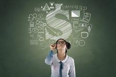 Retrato da mulher de negócios com ícones do negócio e da finança Imagens de Stock