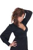 Retrato da mulher do encanto no vestido preto foto de stock royalty free