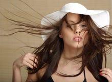 Retrato da mulher do verão Imagem de Stock