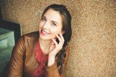Retrato da mulher dos anos de idade dos jovens 25-30 Imagem de Stock