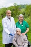 Retrato da mulher idosa com doen?a da dem?ncia fotografia de stock royalty free