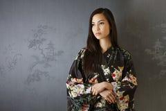 Retrato da mulher japonesa fotografia de stock royalty free