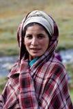 Retrato da mulher nepalesa na roupa nacional Fotos de Stock