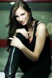 Retrato da mulher nova charming de sorriso Imagem de Stock Royalty Free