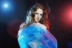 Retrato da mulher nova da dança Fotos de Stock