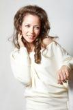 Retrato da mulher nova feliz Fotos de Stock Royalty Free
