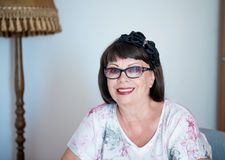 Retrato da mulher sênior de sorriso Fotos de Stock Royalty Free