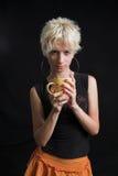 Retrato da mulher 'sexy' nova bonita no fundo preto Fotografia de Stock