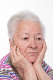 Retrato da mulher triste idosa fotografia de stock