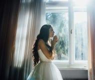 Retrato da noiva rezando Fotografia de Stock