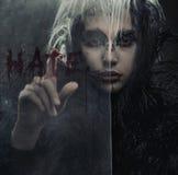 Retrato da raven-mulher foto de stock