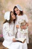 Retrato das irmãs do vintage Imagens de Stock Royalty Free