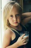 Retrato de 5 años de la muchacha Imágenes de archivo libres de regalías