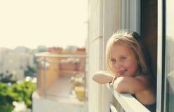 Retrato de 5 años de la muchacha Imagenes de archivo