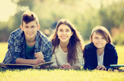 Retrato de adolescentes felices Imagen de archivo libre de regalías