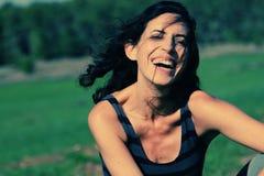 Retrato de 35 anos bonitos da mulher adulta Imagem de Stock Royalty Free