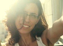 Retrato de 35 anos bonitos da mulher adulta Fotografia de Stock