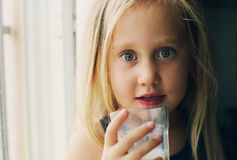 Retrato de 5 anos de menina idosa Fotos de Stock Royalty Free