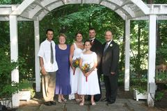 Retrato de boda de la familia Imagen de archivo libre de regalías