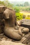 Retrato de Buda sin cabeza y sin brazo Fotos de archivo libres de regalías