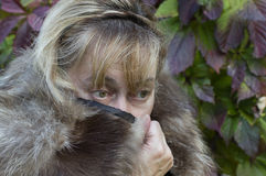 Retrato de congelación de la mujer Fotos de archivo