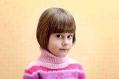 Retrato de cuatro años de la muchacha Imágenes de archivo libres de regalías