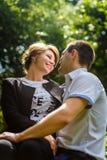 Retrato de dois amantes novos bonitos Fotografia de Stock Royalty Free