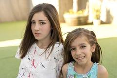 Retrato de duas irmãs Foto de Stock Royalty Free