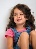 Retrato de feliz, positivo, sonriendo, muchacha Fotos de archivo