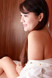 Retrato de interior de la muchacha asiática Foto de archivo libre de regalías