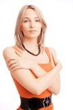 Retrato de l mujer joven en alineada roja. Imagen de archivo