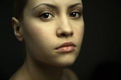 Retrato de la bella arte de la muchacha elegante imagen de archivo libre de regalías