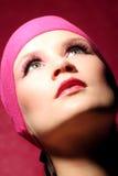 Retrato de la belleza de una mujer en color de rosa imagen de archivo libre de regalías