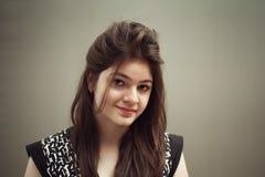 Retrato de la belleza femenina joven india fotografía de archivo libre de regalías