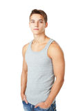 Retrato de la camiseta que lleva del hombre joven Imagenes de archivo