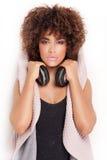 Retrato de la chica joven con afro Fotografía de archivo libre de regalías