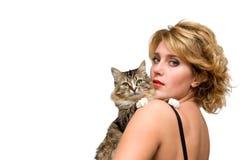 Retrato de la chica joven con el gato Fotos de archivo