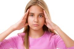 Retrato de la chica joven con las manos en los oídos Aislado Imagen de archivo libre de regalías