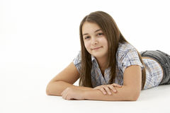 Retrato de la chica joven sonriente Imagen de archivo libre de regalías
